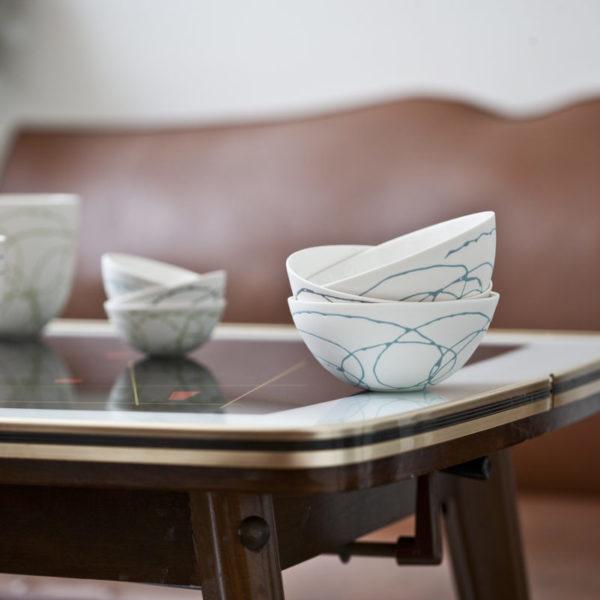 tasses, bols collection SILK porcelaine fil de couleur tissé dans la paroi Fait main Delphine Millet Atelier Ceramics d Poitiers